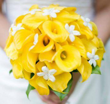 Unique Wedding Bouquets - Calla Lilys and white Stephanotis