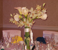 Calla Lily Centerpiece with ribbon