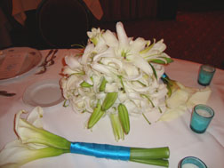 Calla Lily Centerpiece low to the table