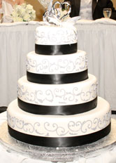 Beautiful black and white cake for your wedding reception