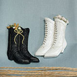 Country Wedding Ideas Pic of Bride and Groom Boots