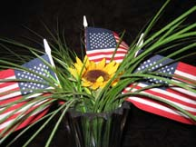 Inexpensive wedding centerpieces flowers and flags