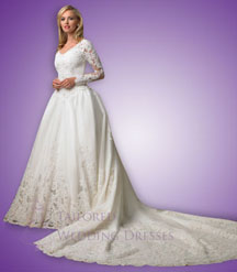 Wedding dresses with sleevesmade of lace