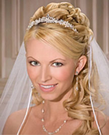 Wedding hairstyles for curly hair half up half down
