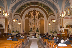 Wedding photography lighting tips in the church