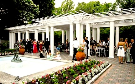 Outdoor cheap wedding reception ideas
