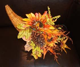 Halloween wedding ideas horn with flowers