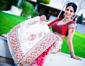 Indian Wedding Dresses Elegant Red and White Sari