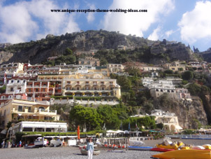 Honeymoon on the Amalfi Coastin Capri