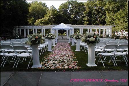 Unique outdoor wedding ideas aisle of flower petals