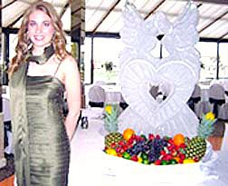 Ice Sculpture with Fruit Pic