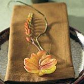 Flower shaped as a leaf as an autumn wedding idea