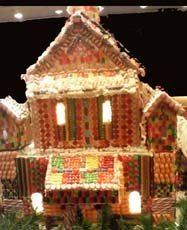 Ginger bread house christmas centerpiece idea