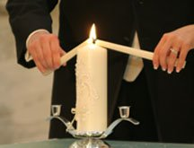 Unity candle as a creative idea for a wedding
