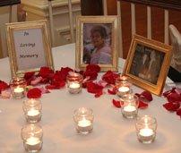Memory table is a wonderful wedding idea