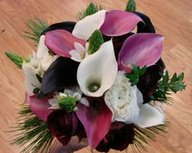 Inexpensive centerpieces of flowers in a bucket