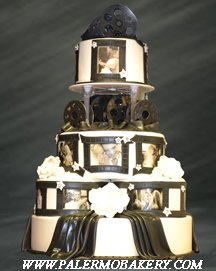 Photos of the bridal couple depicted on their cake