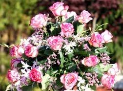 Beautiful Floral Wedding Table Centerpiece Ideas