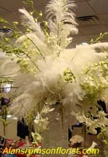 Wedding ideas for flowers with ostrich feathers