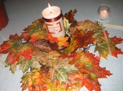 Fall wedding ideas with fall leaves and candle