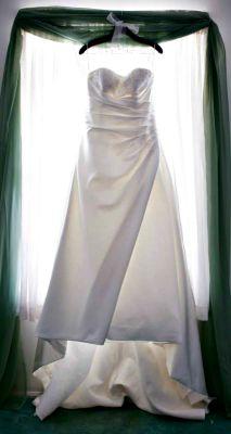 Free Wedding Checklist Bridal Dress Picture