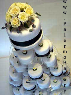 Picture of a wedding cake made of cupcakes
