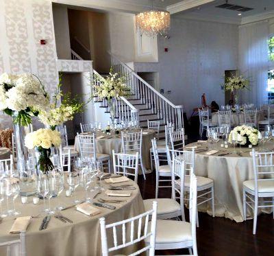 Wedding Centerpiece Ideas High and Low arrangements.